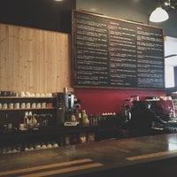 Das Foto wurde bei Tiago Espresso Bar + Kitchen von Jesse T. am 6/1/2012 aufgenommen
