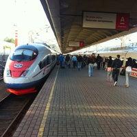 Снимок сделан в Ленинградский вокзал (ZKD) пользователем Vladimir K. 6/2/2012