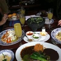 Снимок сделан в Colibrí Mexican Bistro пользователем Nina 2/26/2012
