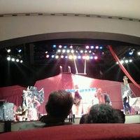 รูปภาพถ่ายที่ Teatro Nescafé de las Artes โดย Andrés S. เมื่อ 9/17/2011