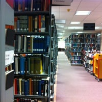 Foto diambil di University of Warwick Library oleh Giuseppe C. pada 1/29/2012