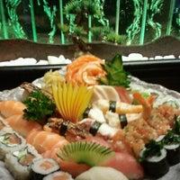 Foto tirada no(a) Sushi by Cleber por Alex S. em 1/28/2012