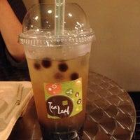 Foto diambil di Tea Leaf Cafe oleh Samantha N. pada 6/10/2012