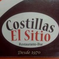 Foto diambil di Costillas El Sitio oleh Dan C. pada 5/19/2012