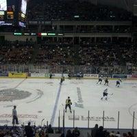 รูปภาพถ่ายที่ SNHU Arena โดย WayneNH เมื่อ 1/1/2012