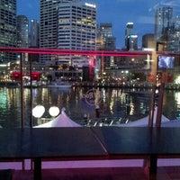 Foto tirada no(a) Hard Rock Cafe Sydney por E_C_T em 8/19/2012