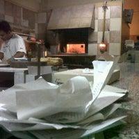 """Foto diambil di Pizzería """"Yeriel"""" oleh Emiliano S. pada 1/14/2012"""