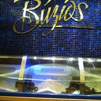 Foto tirada no(a) Buzios Seafood Restaurant por Lilo C. em 8/14/2012