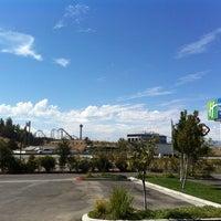 Снимок сделан в Holiday Inn Express & Suites Santa Clarita пользователем Anthony Y. 9/23/2011