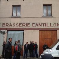 Foto scattata a Brasserie Cantillon Brouwerij da Michael L. il 5/3/2012