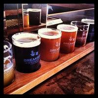 Foto scattata a Breakside Brewery da Kat il 7/27/2012