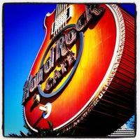 รูปภาพถ่ายที่ Hard Rock Hotel Las Vegas โดย Greg D. เมื่อ 4/13/2011