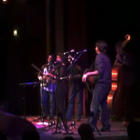 Foto scattata a Old Town School of Folk Music da Dan D. il 11/21/2011