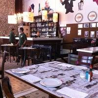 Foto tirada no(a) Verissimo Bar por Andressi A. em 5/25/2012