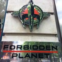 Photo prise au Forbidden Planet par James W. le7/22/2011