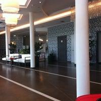 Foto scattata a Hotel Cosmopolitan Bologna da Nahuyidi il 7/24/2012