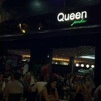 Foto tirada no(a) Queen Jardim por Caio Y. em 8/8/2011