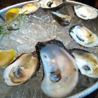Foto tirada no(a) Pappadeaux Seafood Kitchen por Denene em 7/14/2012