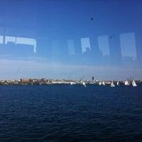 Foto scattata a Boston Harbor da Robyn il 11/12/2011