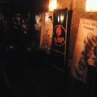 รูปภาพถ่ายที่ Tavarua Public Bar โดย Fabian O. เมื่อ 8/19/2012