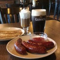 Foto diambil di Shannon's Irish Bar oleh Alastor pada 5/29/2011