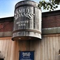 Снимок сделан в Samuel Adams Brewery пользователем Michael D. 8/25/2012