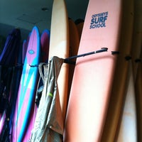 Photo prise au Odysseys Surf School par Yuki P. le2/9/2012