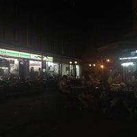 4/2/2012にJoe G.が7-Elevenで撮った写真
