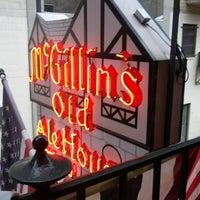 Das Foto wurde bei McGillin's Olde Ale House von Andrew S. am 7/21/2012 aufgenommen
