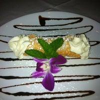 8/17/2012에 Mickey님이 Ferraro's Italian Restaurant & Wine Bar에서 찍은 사진