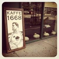 Снимок сделан в Kaffe 1668 пользователем Carl M. 8/8/2012