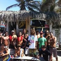 Foto diambil di Bonfil Surf Shop oleh Rodrigo M. pada 12/20/2011