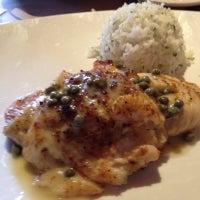 Foto tirada no(a) Bonefish Grill por Jacob B. em 8/6/2012