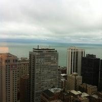 Снимок сделан в The Ritz-Carlton Chicago пользователем MacBeth P. 9/13/2012