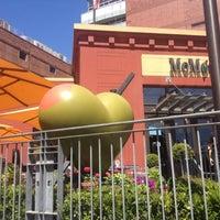 Foto tomada en MoMo's por Cheri el 6/26/2012