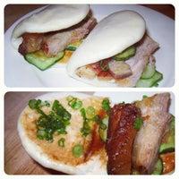Foto tirada no(a) Momofuku Noodle Bar por Eimat em 5/8/2012