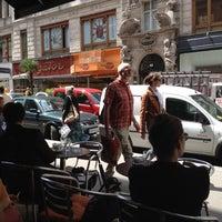 7/16/2012에 Rami F.님이 Café Daniel Moser에서 찍은 사진