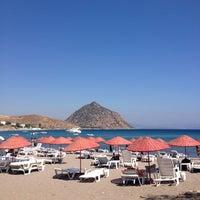 Foto diambil di İncir Beach oleh Bilge S. pada 9/7/2012