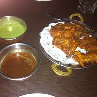 Photo prise au Annapurna Cafe par Judy H. le4/7/2012