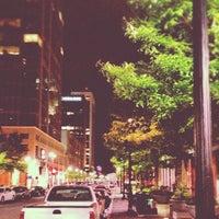 Das Foto wurde bei The Big Easy Raleigh von Jana A. am 4/5/2012 aufgenommen