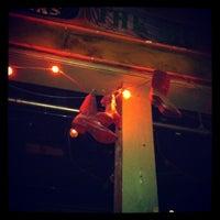 Das Foto wurde bei Tractor Tavern von Katy B. am 3/15/2012 aufgenommen