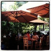รูปภาพถ่ายที่ La Cafetería โดย Andres V. เมื่อ 8/20/2012