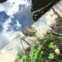 Das Foto wurde bei Bartram's Garden von Missy E. am 6/5/2012 aufgenommen