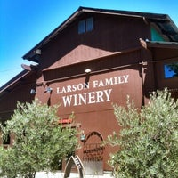 Foto tirada no(a) Larson Family Winery por William L. em 6/30/2012