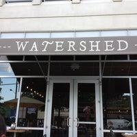 Foto scattata a Watershed on Peachtree da Kenzie B. il 5/30/2012