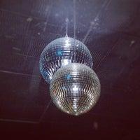 Снимок сделан в White Horse Bar пользователем Mark L. 1/28/2012