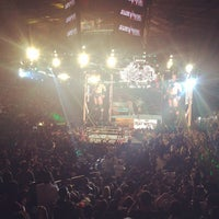 Foto tirada no(a) Delta Sky360 at Madison Square Garden por Justin B. em 11/21/2011