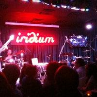 Das Foto wurde bei The Iridium von Joshua D. am 9/29/2011 aufgenommen