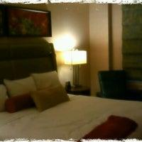 Снимок сделан в Shelburne Hotel & Suites by Affinia пользователем Tejas M. 5/1/2012