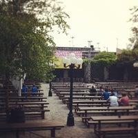 Das Foto wurde bei The Garden at Studio Square von Britt H. am 6/14/2012 aufgenommen